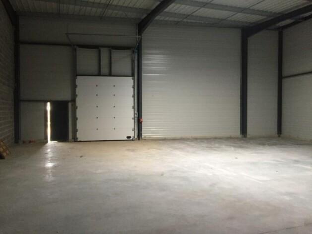 Location entrepôts / logistique Tresses Cushman & Wakefield