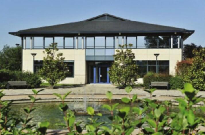 Location entrepôts / activité Trappes Cushman & Wakefield