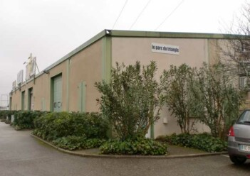 Location commerce Nîmes Cushman & Wakefield