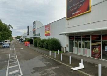 Location commerce Alès Cushman & Wakefield