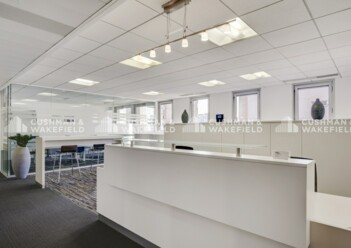 Location bureau privatif Vanves Cushman & Wakefield