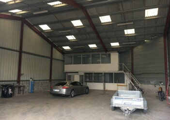 Location entrepôts / activité Floirac Cushman & Wakefield