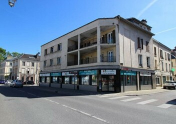 Location commerce Troyes Cushman & Wakefield